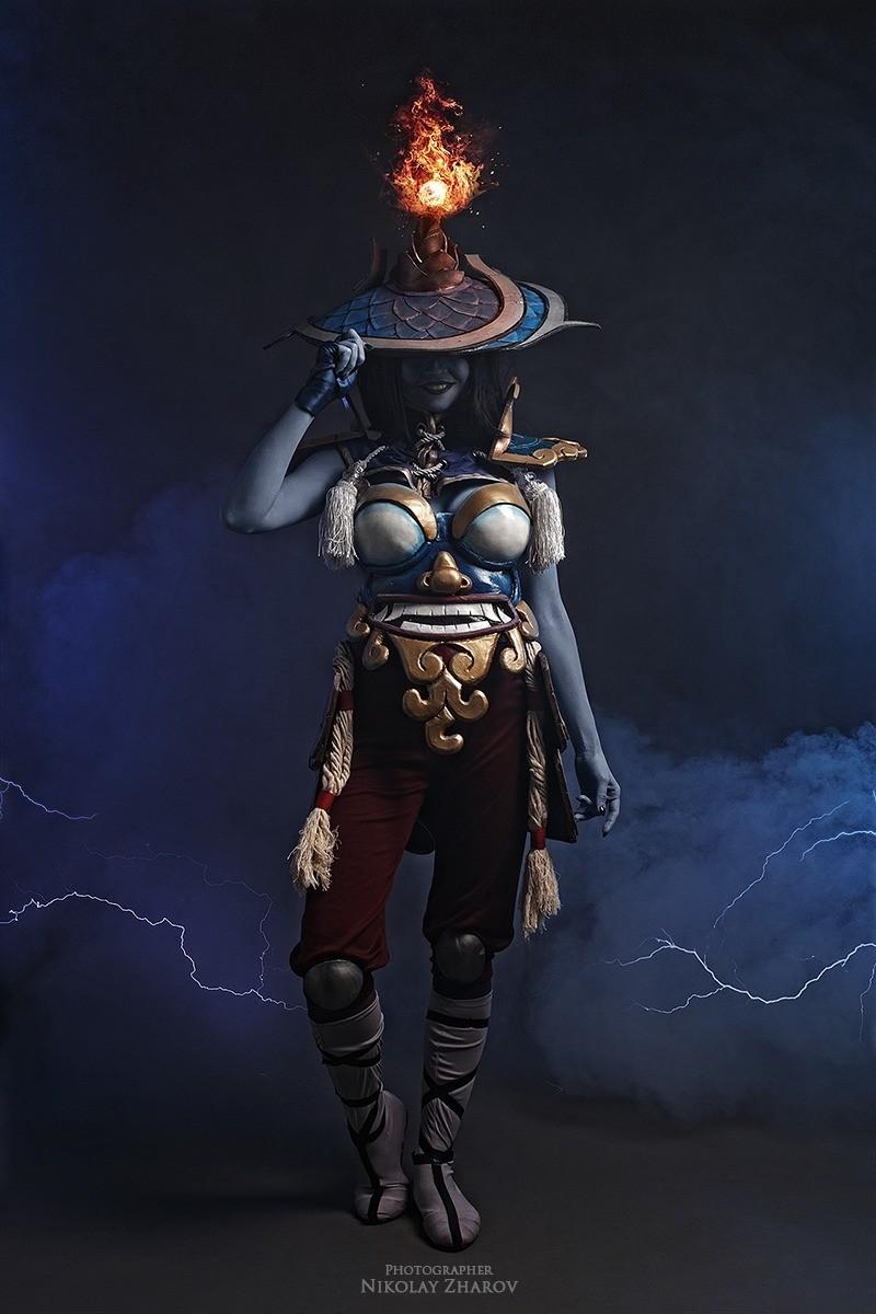 cool ass female storm spirit cosplay. www.instagram.com/amio_mio/.. Electro titties. cosplay Dota 2 female sexy
